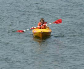 Kayak_on_Gull_Lake
