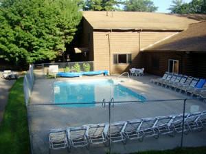 outdoor-pool-1